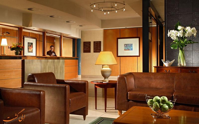 هتل سیتادین تویسن دور بروکسل- میز پذیرش