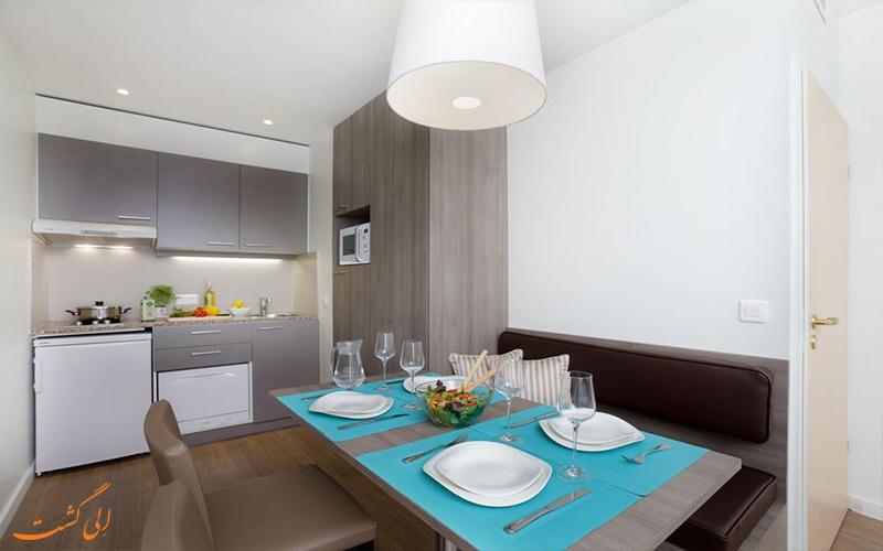 اتاق های هتل سیتادین تویسن دور بروکسل- آشپزخانه کوچک