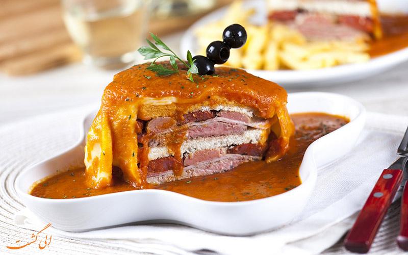 غذای Francesinha