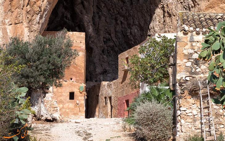 غار موزه