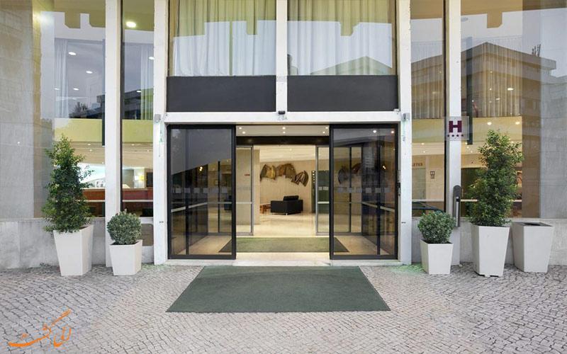 Holiday Inn Lisbon- eligasht.com ورودی هتل