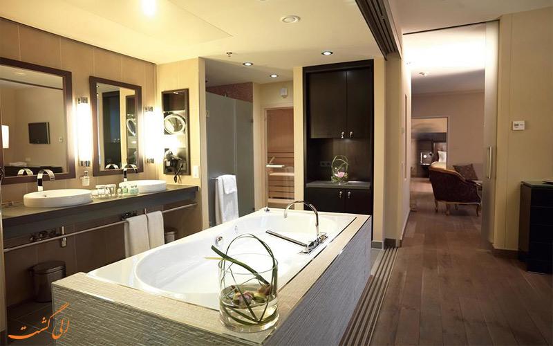 اتاق های هتل لیندنر ام بلودر وین- حمام