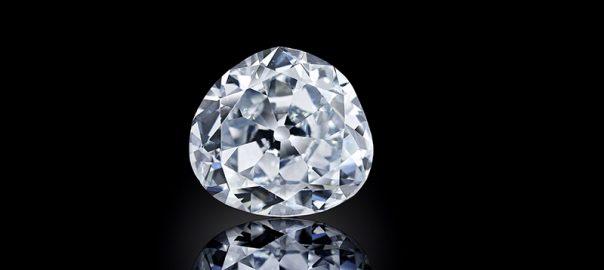 نگهداری از الماس بدلی به جای الماس واقعی