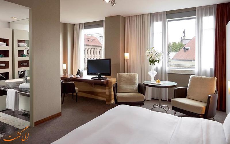 امکانات اتاق های هتل سوفیتل گندارمن مارکت برلین
