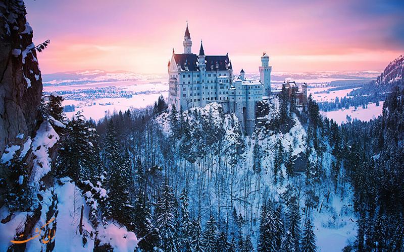 قلعه نویشوانشتاین در زمستان
