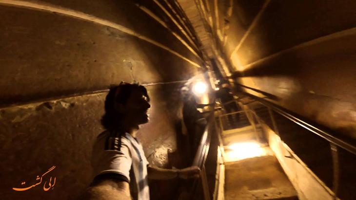 داخل اهرام در مصر