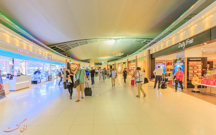 خرید در فرودگاه سووارنابومی