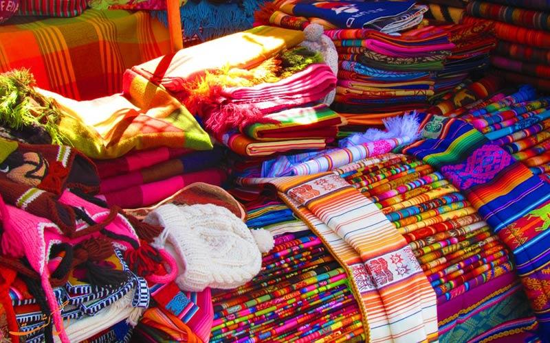 بازار اوتاوالو اکوادور