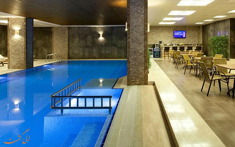 هتل گرند گولسوی استانبول | استخر