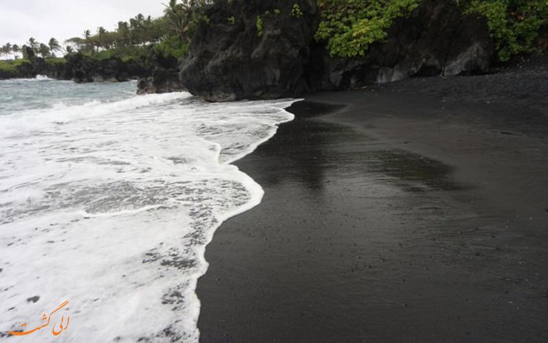 ساحل سیاه در هاوایی