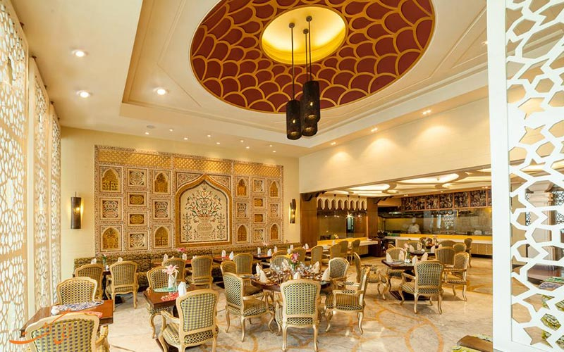 هتل رادیسون بلو آگرا تاج ایست گیت | رستوران