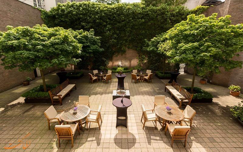 هتل ان اچ سنتر آمستردام- تراس و باغ هتل