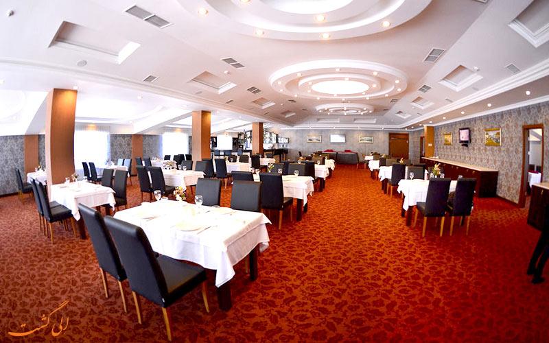 امکانات تفریحی هتل نیو باکو-رستوران