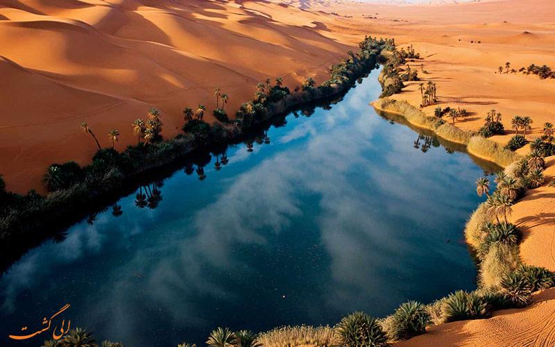 دریاچه عجیب لیبی