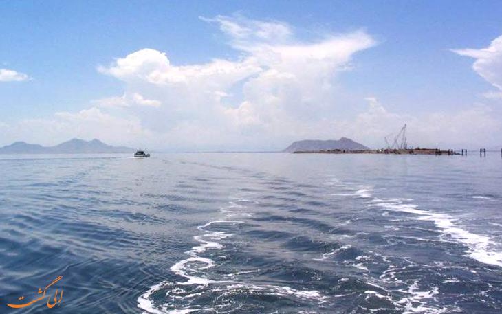 دریاچه زیبای ارومیه