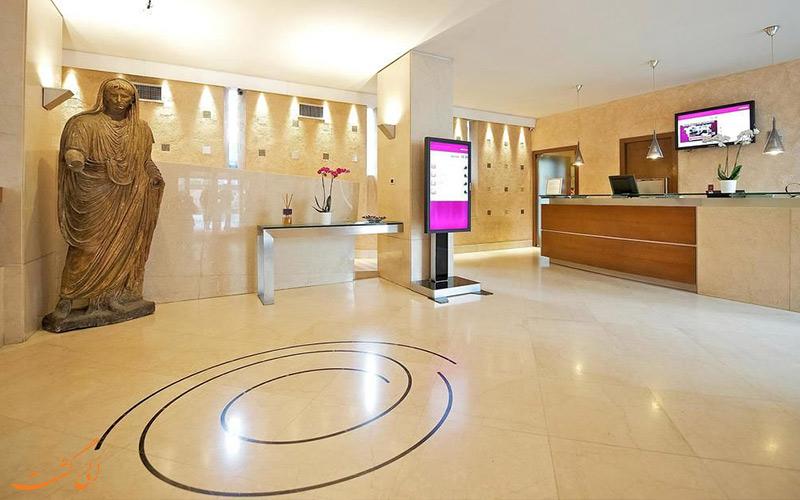 خدمات رفاهی هتل مرکیور سنترو کلوسئو رم - لابی