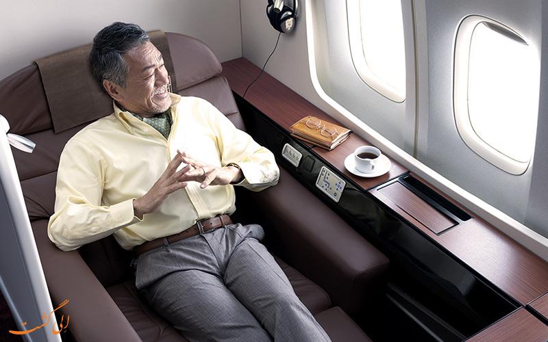 سوئیت اسکای ژاپن ایرلاینز در هواپیمای بوئینگ 777