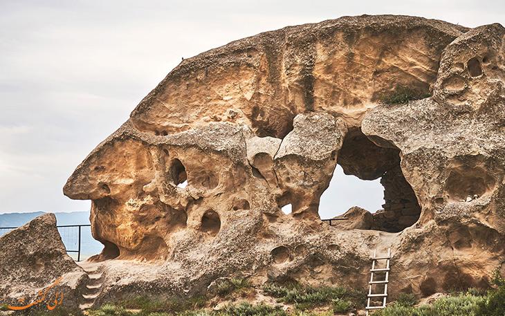 جاذبه ی اوپلیستسیخه در گرجستان
