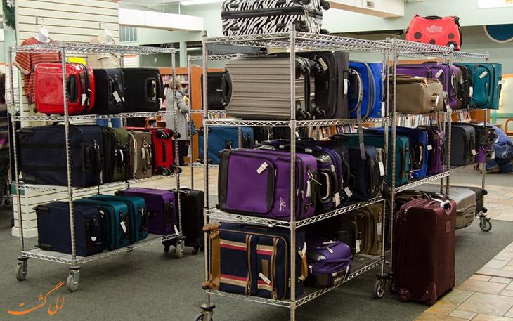 بارگیری چمدان ها در فرودگاه