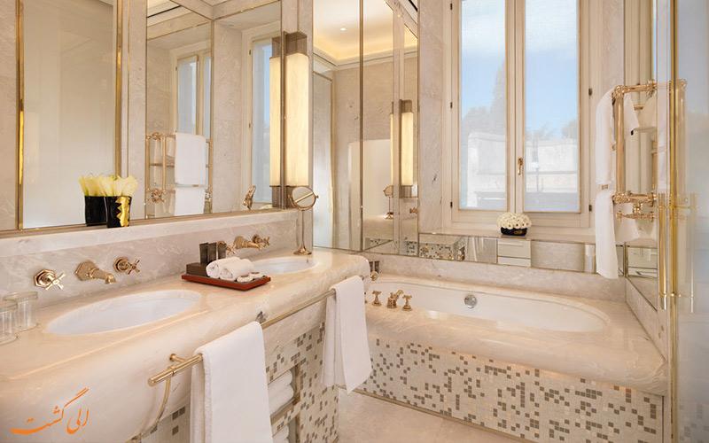 حمام اتاق های هتل ادن رم