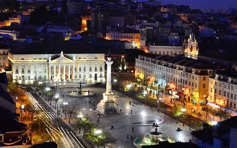 میدان روسیو در شب