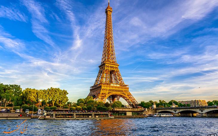 پرواز پاریس