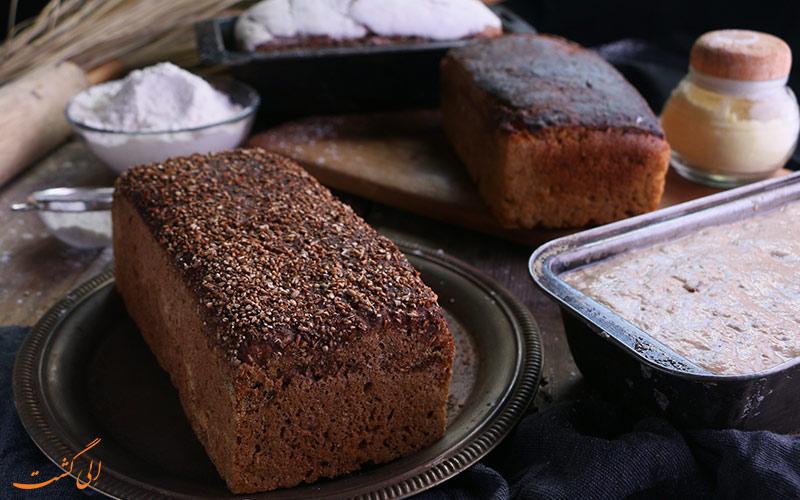 نان گندم سیاه