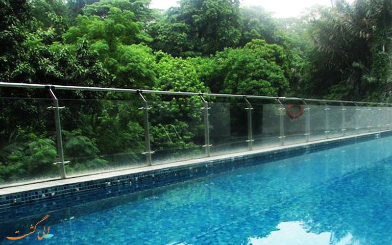 هتل بی سنگاپور | استخر