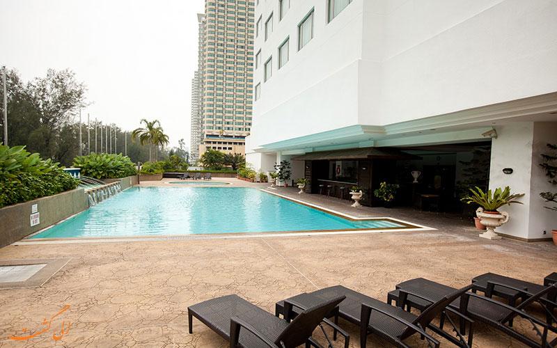 هتل اورگرین لورل پنانگ | استخر