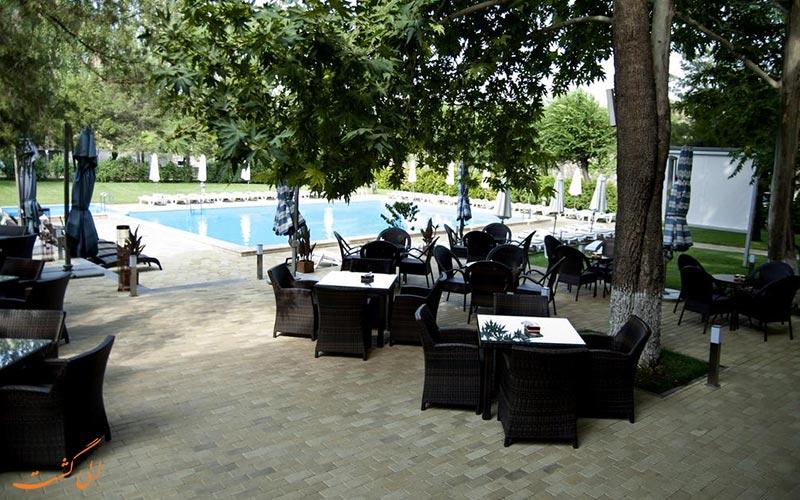 هتل هرازدان ایروان | استخر