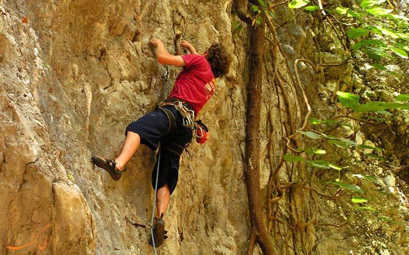 صخره نوردی در ونگ وینگ لائوس