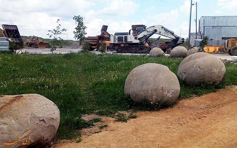 سنگ هایی عجیب در روسیه