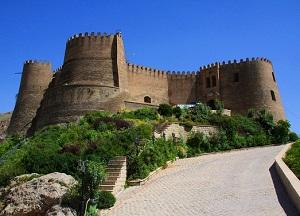 قلعه فلک الافلاک - الی گشت