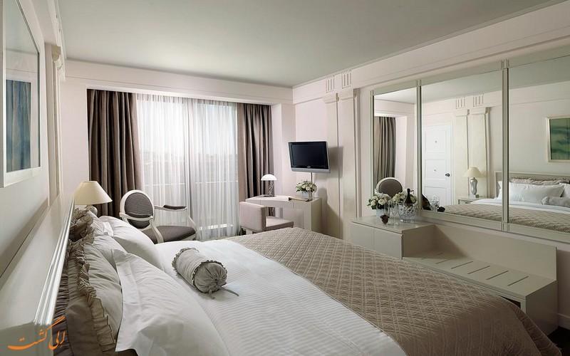 هتل انجیوی آتن پلازا