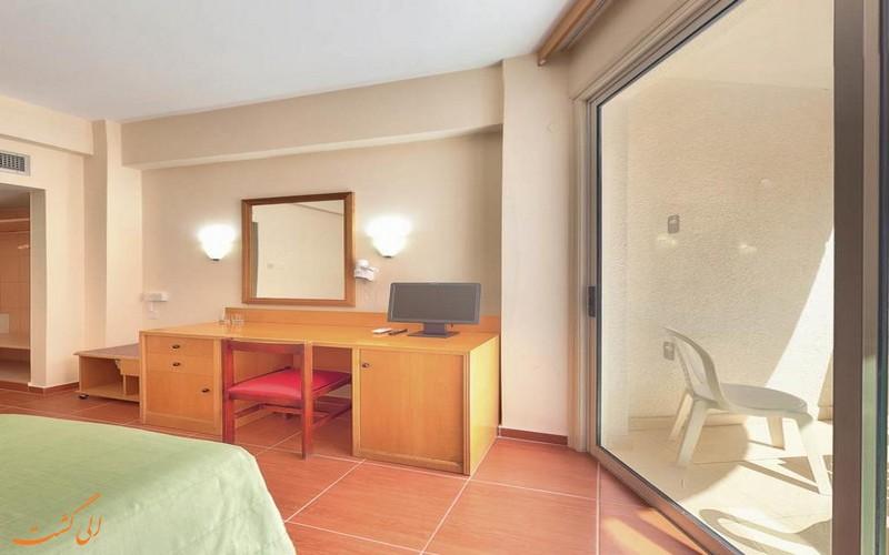 هتل 3 ستاره فلامینگو بیچ