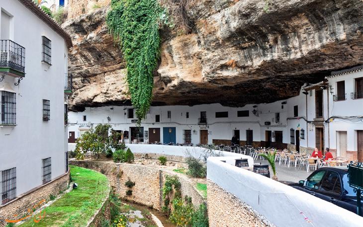 صخره های ریو ترجو در اسپانیا