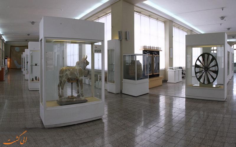 داخل موزه ایران باستان