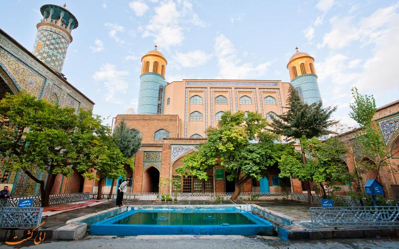 حیاط مسجد دارالاحسان