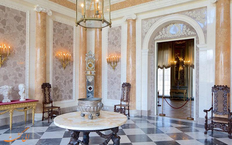 درون کاخ ویلانو