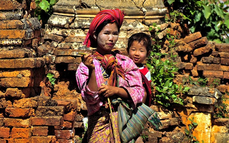 جنگل مقبره های سو رئال نیونگاوک