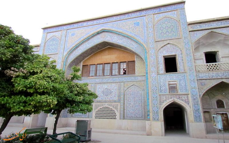 نمایی زیبا از مدرسه خان شیراز