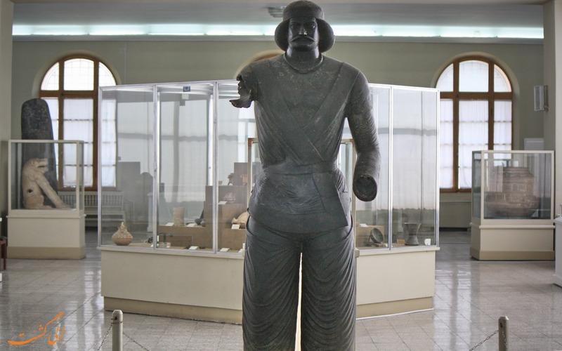 آثار موزه ایران باستان