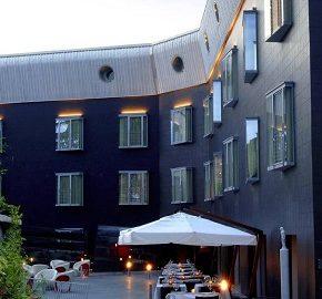 هتل بلک
