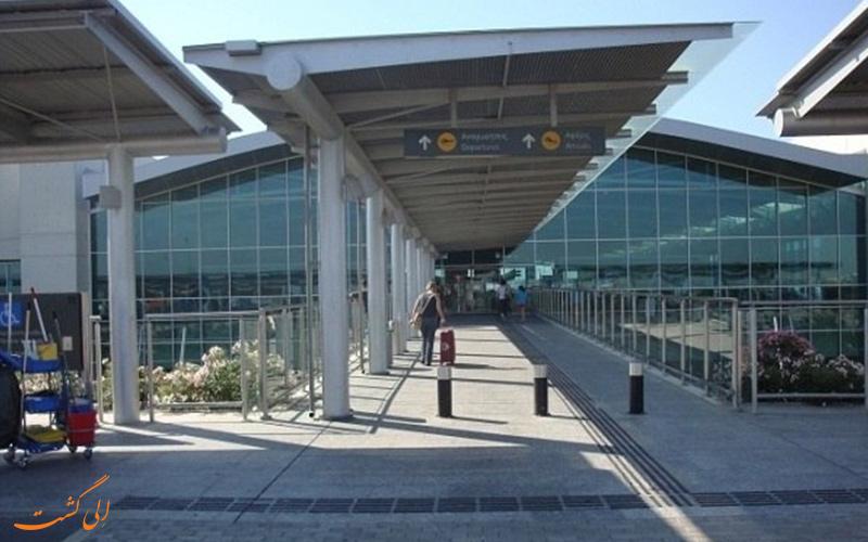 فرودگاه بین المللی لارناکا