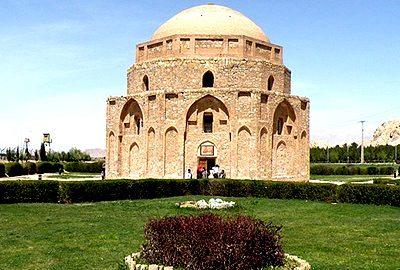 گنبد جبلیه در استان کرمان