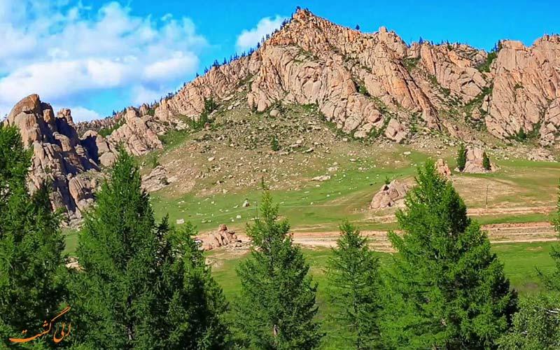کوه خنتی