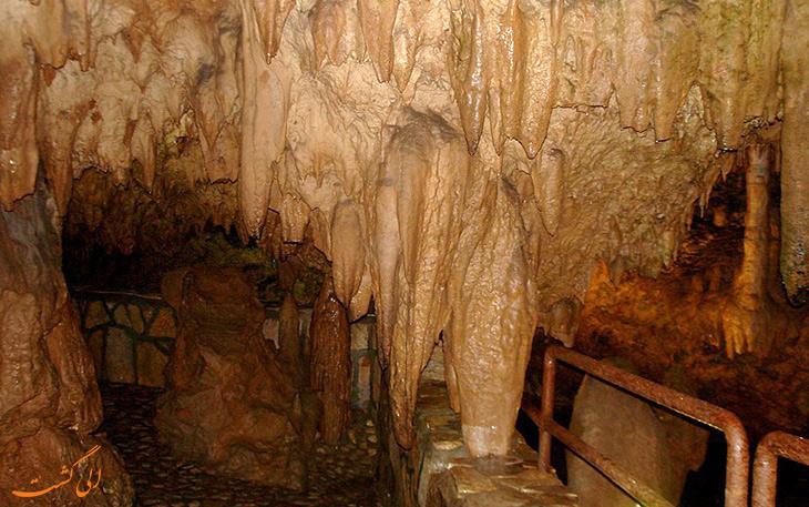 غار قوری قلعه در استان کرمانشاه