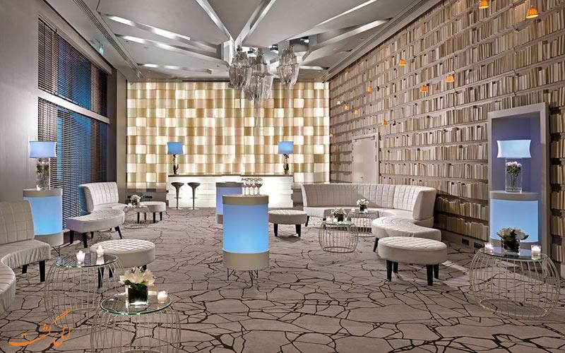 Radisson Blu Park Hotel Athens-eligasht.com فضای شومینه