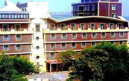 هتل کراون در باکو