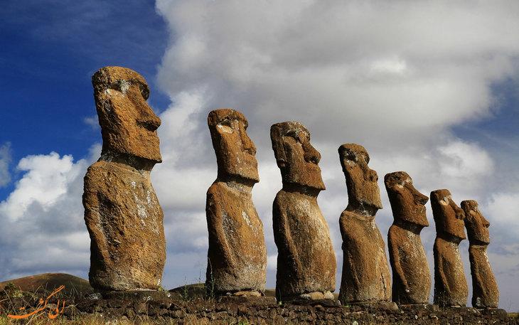 مجسمه های باستانی موی